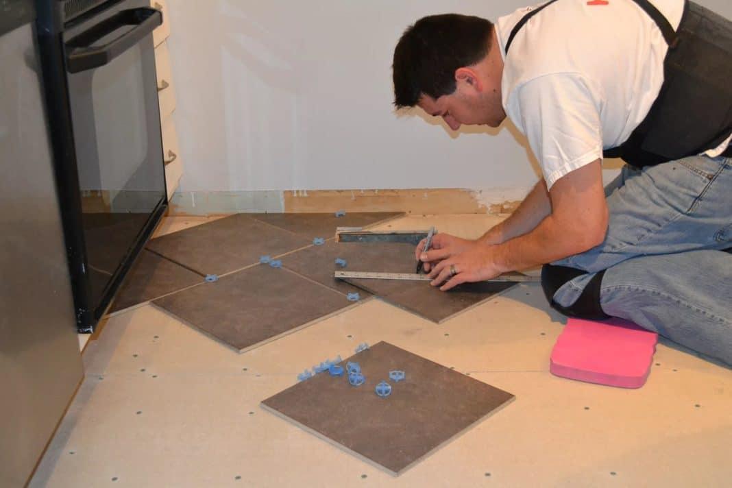 Изготовить плитку для пола своими руками 6