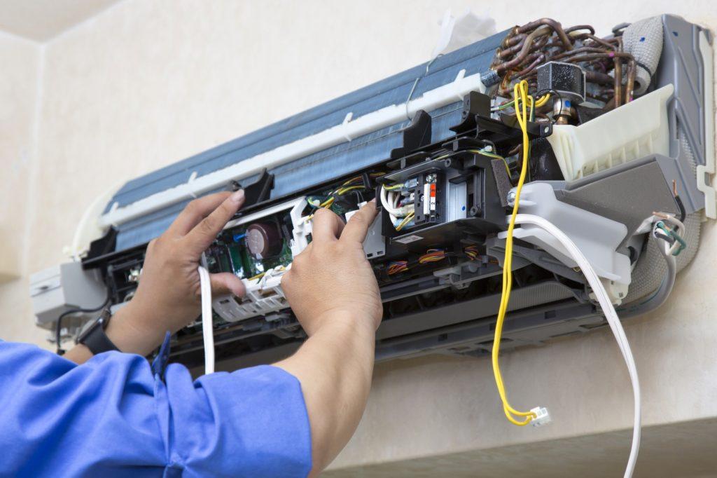 Купить новую сплит-систему или отремонтировать старую