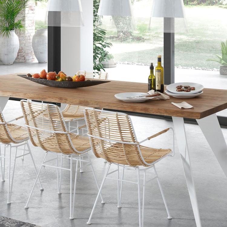 Дизайнерские стулья в столовую и кухню